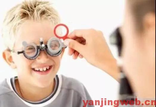 第一次配眼镜应注意什么?